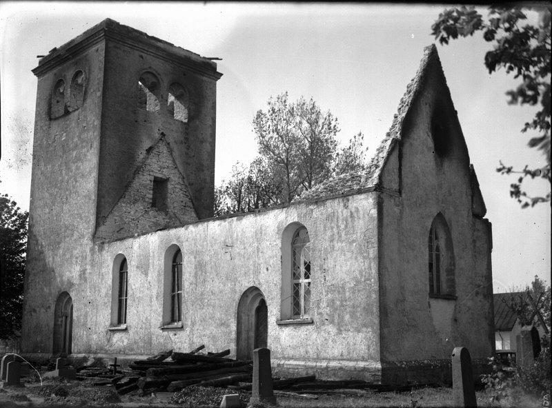 Ala_Church_after_the_fire_in_1938.jpg